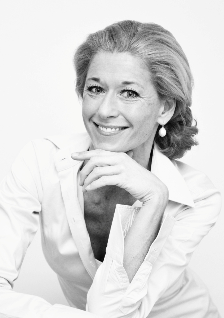 FRAU AMELIE  HOFMANN-WERTHER